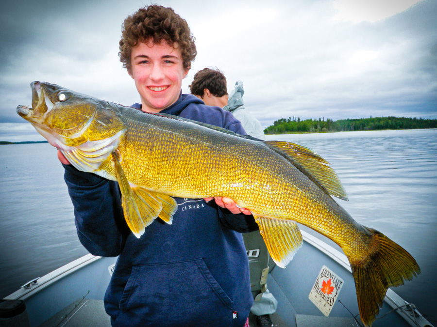 Lake trout fishing walleye fishing in canada northern for Best fishing in canada
