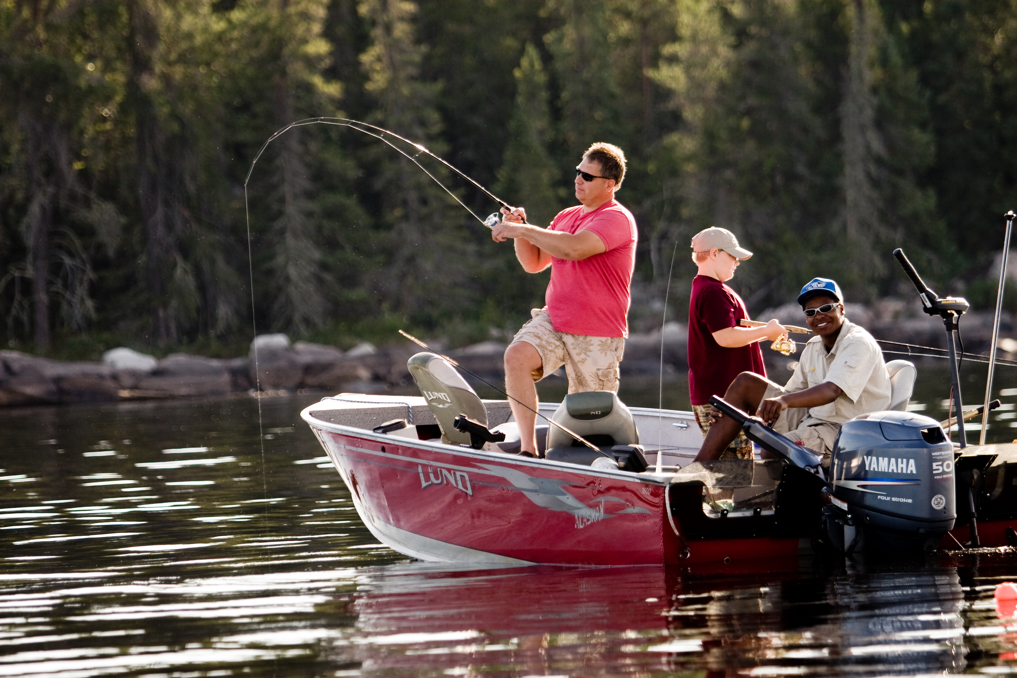 Canada fly in fishing trips manitoba fishing guide for Fly in fishing canada